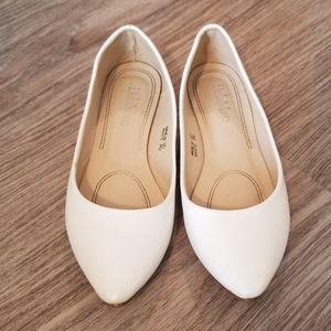 Bella Marie White Flats